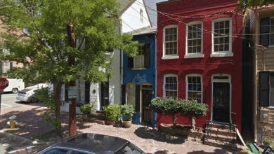Photo of عجیبترین خانه های آمریکا: خانه ی Hollensbury Spite House